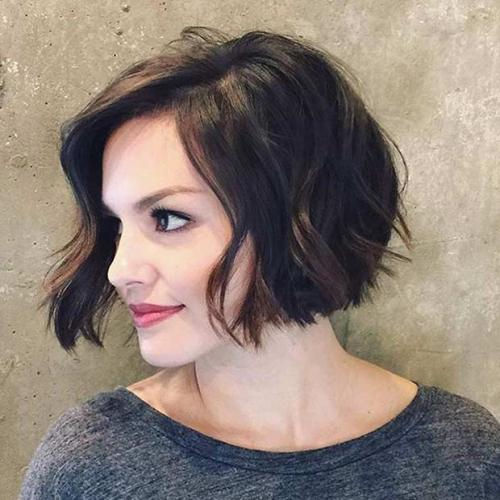 Seperti Maia Estianty 6 Model Rambut Pendek Ini Bikin Tampilan Lebih Muda Okezone Lifestyle