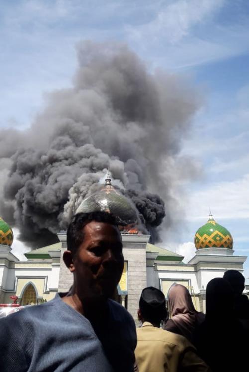 Masjid Terbakar