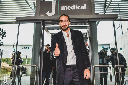 Martin Caceres (Foto: Twitter/@Sportf)