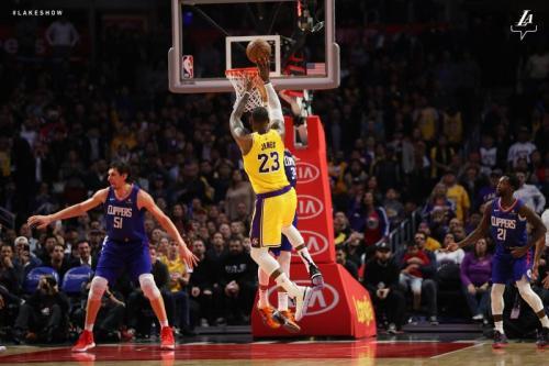 LeBron James (Foto: Twitter LA Lakers)