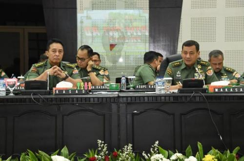 Kasad Jenderal Andika Perkasa Pimpin Rapim TNI AD di Mabesad (foto: Ist)