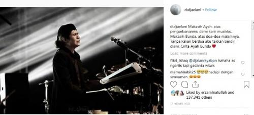 Dul Jaelani menangis saat konser Dewa 19 di Malaysia