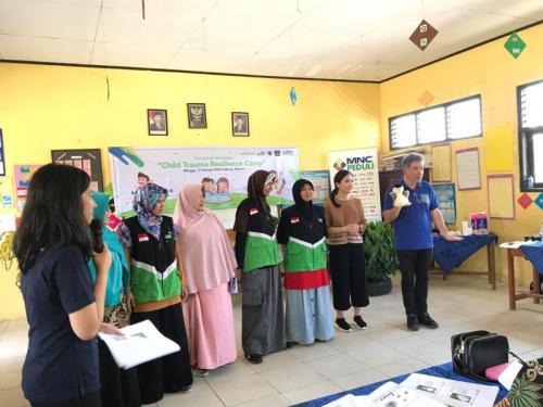 MNC Peduli Gelar Pelatihan Trauma Healing kepada Relawan Tsunami di Pandeglang, Banten (foto: Ist)