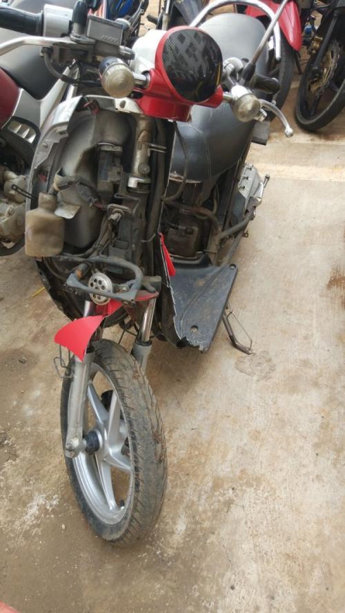 Kondisi Sepeda Motor Honda Scoopy Bernomor Polisi B 6395 GLW saat Terparkir di Mapolres Tangsel (foto: Hambali/Okezone)