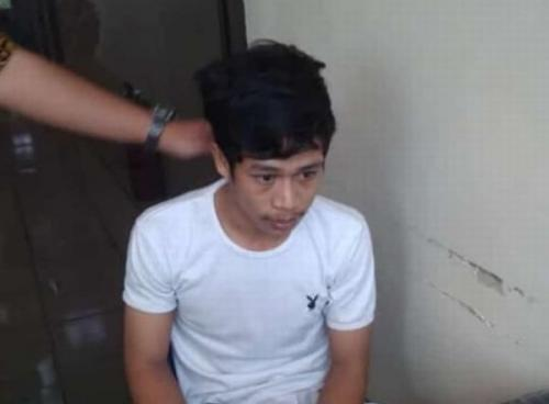 Adi Saputra (20) Pria yang Merusak Motor dan Membakar STNK karena Menolak Ditilang (foto: Ist)