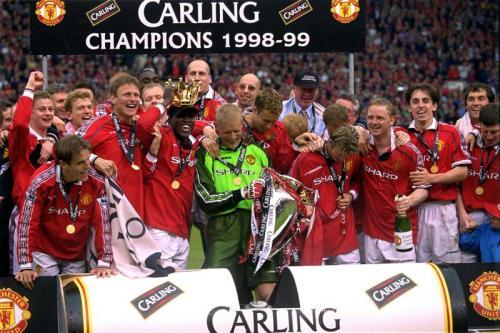 Manchester United juara Liga Inggris 1998-1999