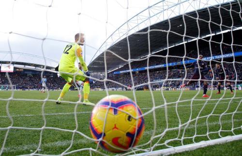 Huddersfield vs Arsenal (Foto: @premierleague/Twitter)