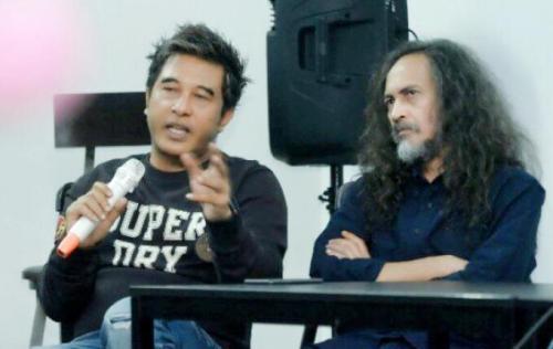 Sutradara dan pemain Kajeng Kliwon
