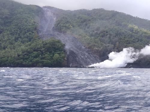 Guguran lava Gunung Karangetang. (Foto: BNPB)