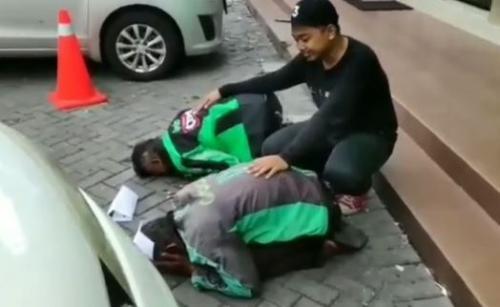 Driver Ojol Dapat Hadiah Umrah