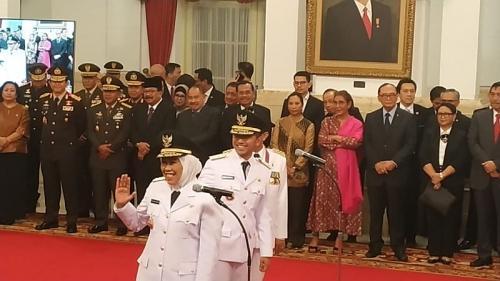 Khofifah dan Emil dilantik di Istana
