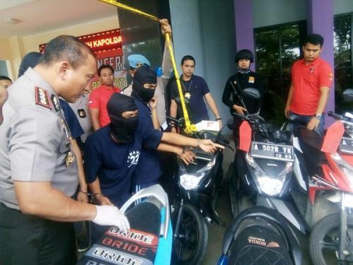 Polres Tangerang rilis kasus curanmor. (Foto : Anggun Tifani/Okezone)