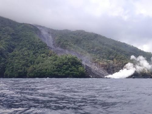 Guguran lava Gunung Karangetang (BNPB)