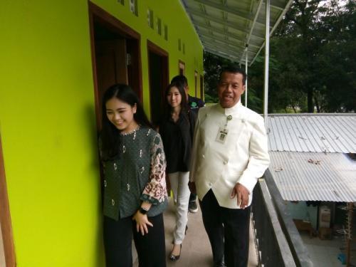 MNC Peduli Bersama Lotte Mart Bantu Anak Pengidap HIV dan Aids di Solo (foto: Bramantyo/Okezone)