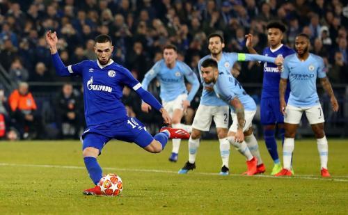Gol penalti Nabil Bentaleb ke gawang Man City (Foto: Twitter/@ChampionsLeague)