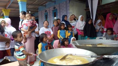 Cooking Class Caleg Partai Perindo M Sopiyan di Kemang, Bogor, Jabar (foto: Putra RA/Okezone)