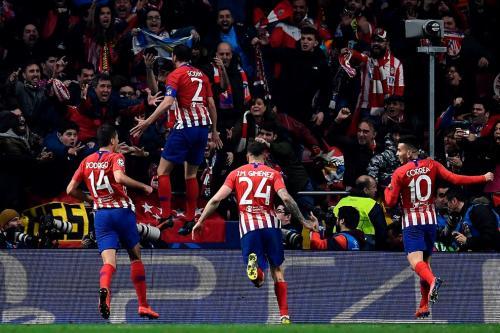 Atletico Madrid melakukan selebrasi