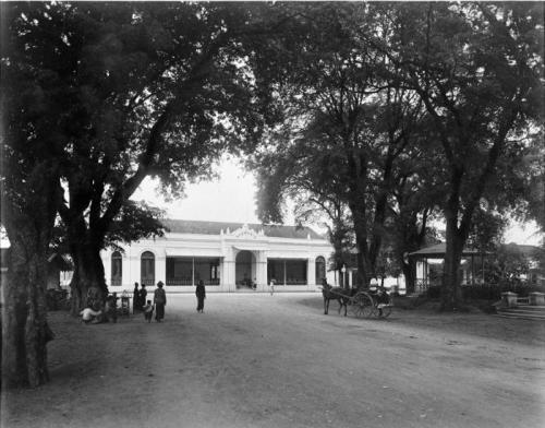 Koleksi Tropen Museum
