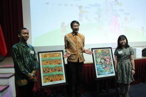 Senior Manager Corporate Communications and Head Committee Painting Contest Kao Indonesia