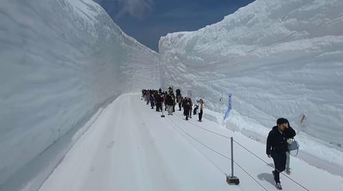 Tembok Es