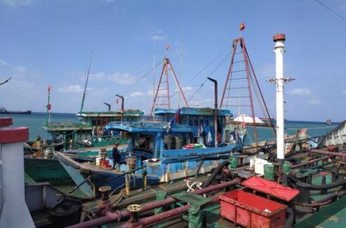 Kapal Asing Pencuri Ikan asal Vietnam
