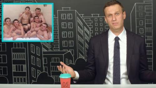 Aleksey Navalny mengunggah foto yang mengejek Khabib