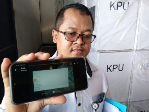 Bawaslu Cirebon menemukan WNA masuk DPT