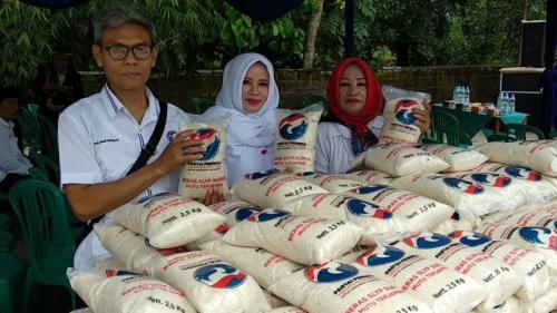 Bazar Murah dan Pengobatan Gratis Kartini Perindo di Kabupaten Tasikmalaya (foto: Jani Noor/Sindonews)