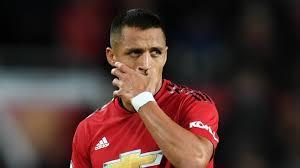 Ekspresi Alexis Sanchez saat sedang membela Man United