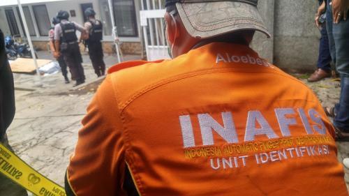 Penemuan mortir di Bandung. (Foto: CDB Yudistira/Okezone)