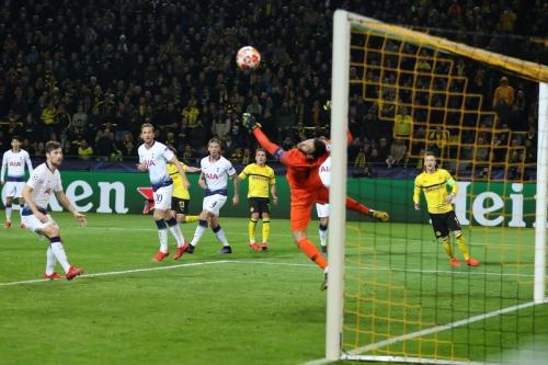 Borussia Dortmund vs Tottenham Hotspur (Foto: laman resmi Liga Champions)