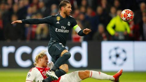 Aksi Sergio Ramos saat sedang membela Real Madrid