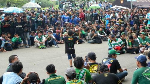 Suasana Stadion Si Jalak Harupat
