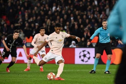 Gol penalti Marcus Rashford memastikan kelolosan Manchester United (Foto: Laman resmi UEFA)