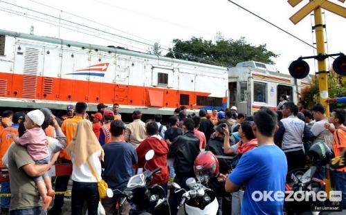 KRL anjlok di Kebon Pedes Bogor. (Foto: Feri Usmawan/Okezone)