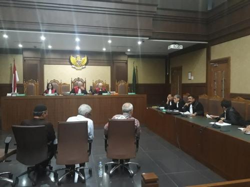 sidang lanjutan perkara gubernur nonaktif Aceh Irwandi Yusuf di Pengadilan Tipikor (Foto : Arie Dwi Satrio/Okezone)
