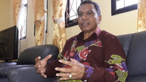 Kepala BMKG Wilayah V Jayapura Petrus Demon Silii (Edy Siswanto/Okezone)