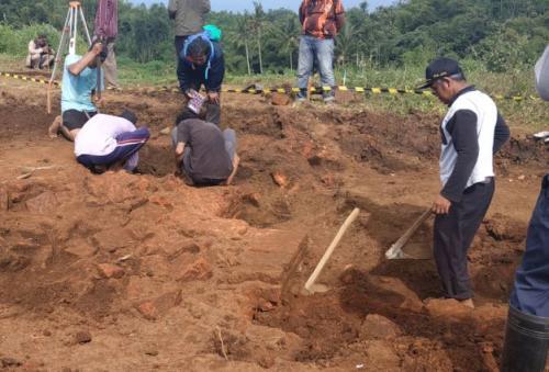 Situs Kuno Diduga Peninggalan Majapahit