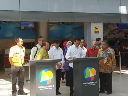 Presiden Jokowi resmikan terminal baru Bandara Depati Amir di Pangkalpinang, Bangka Belitung. (Foto: Fakhrizal Fakhri/Okezone)