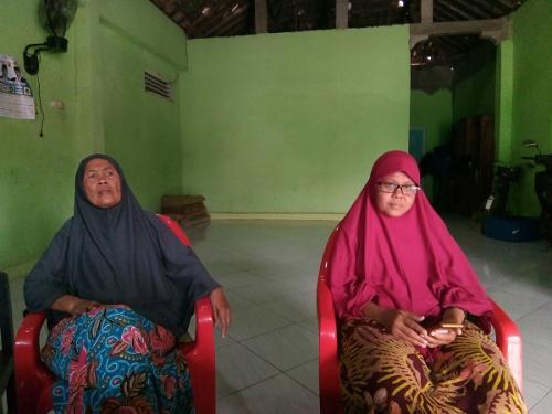 Niswatin Naimah, Penderita Kanker Payudara yang Namanya Disebut Sandi dalam Debat. (Bramantyo)