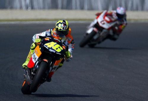 Valentino Rossi saat masih membela Honda