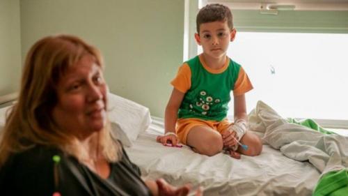Benjamín Sánchez mengaku senang bertemu dengan ibunya. FACEBOOK - GUBENUR SERGIO UÑA