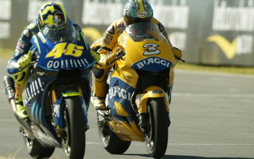 Valentino Rossi vs Max Biaggi