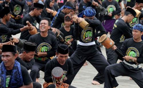Kesenian Debus Asal Banten (Rasyid Ridho-Sindonews)