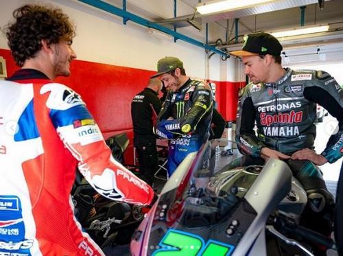 Rossi bersama Morbidelli dan Bagnaia