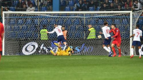 Ross Barkley total mencetak dua gol di laga tersebut (Foto: Laman resmi UEFA)