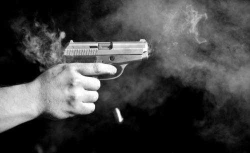 Ilustrasi tembak bunuh diri. (Foto: Shutterstock)