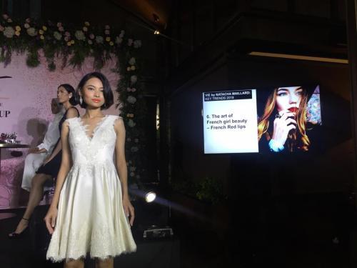Antara Indonesia dan Thailand untuk gaya make-up dasarnya tidak banyak perbedaan.