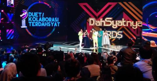 Dahsyatnya Awards