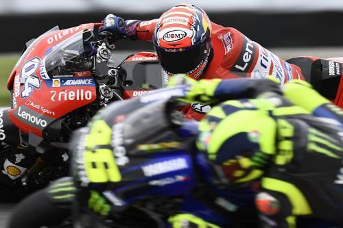 Valentino Rossi vs Andrea Dovizioso